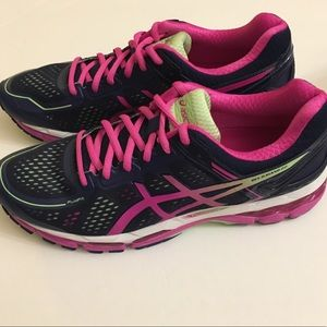 Brand New ASICS Gel-Kayano 22
